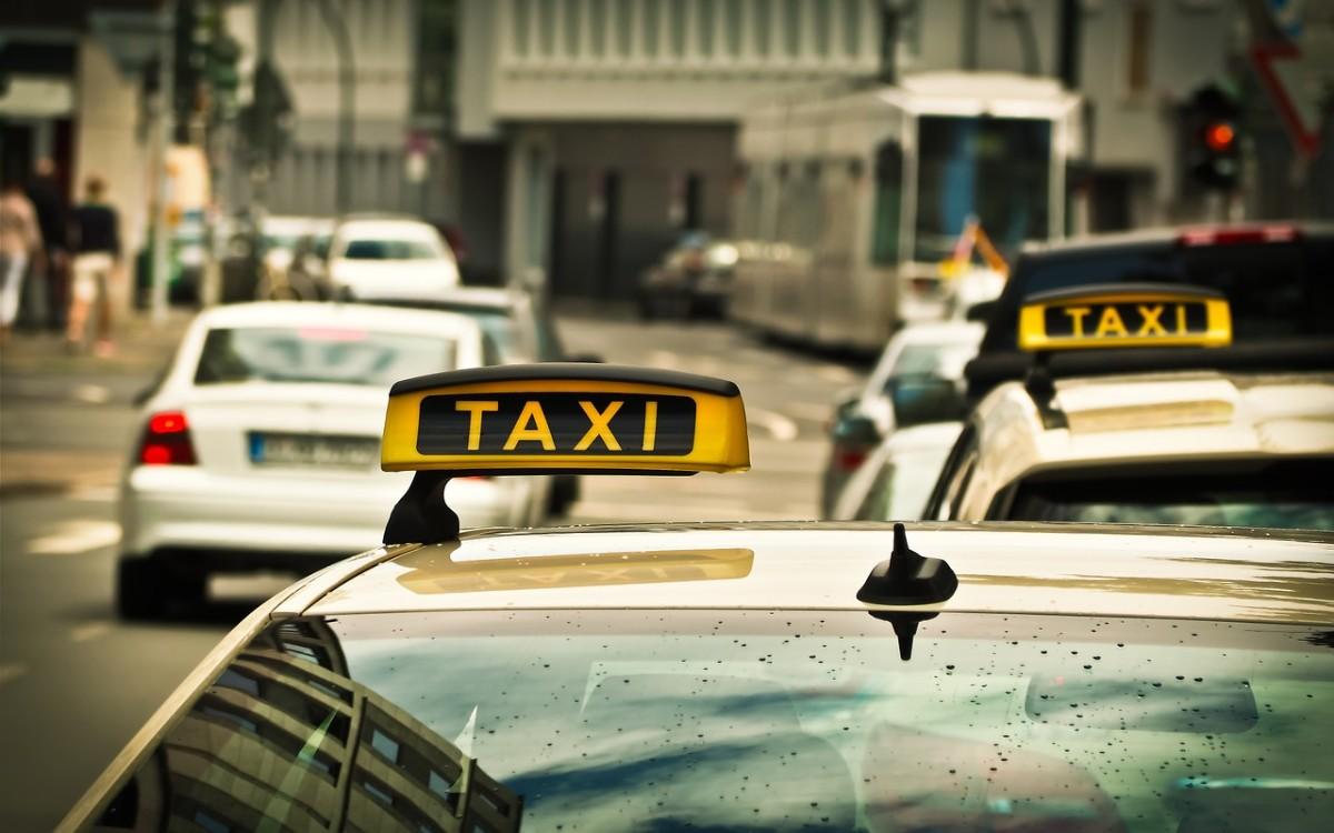 Przegląd taxi Grochów